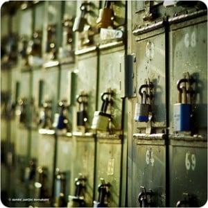 locked-mailbox-300x300